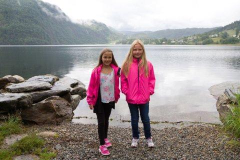 Eline Nedrebø Nordnes (10) og Wilma Nedrebø Aven (9)