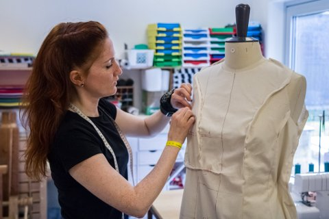 tuva listau kjole brudekjole design klede innovasjon norge