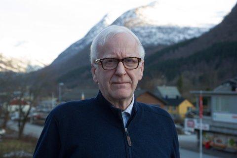 MISNØGD: Hallvard Viken på Skei reagerer på dårleg språkpraksis hjå NAV Arbeid og ytelser på Leikanger.