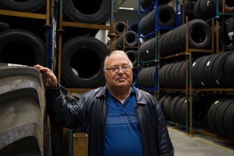 STABILT: Førde Vulk går stadig bra, i følge styreleiar Asbjørn Steen. I år utvida dei lagerhallen med 1400 kvadratmeter.
