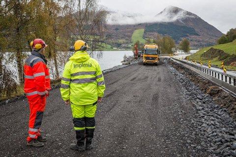 FULL STOPP? Opprustinga av E39-strekninga Bjørset–Skei i Jølster er så langt det siste store stamvegprosjektet i Sogn og Fjordane. . Føringane frå departementet gjer at Statens vegvesen ikkje har lagt inn nokon nye E39-prosjekt mellom Bergen og Ålesund fram til 2033.