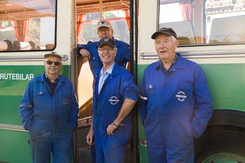 Rutebilhistorisk forening vil ha museum for veteranbilar- og bussar. Fv. Håkon Råheim, Arne Ødegaard, Audun Hovland og Trygve Årdal.