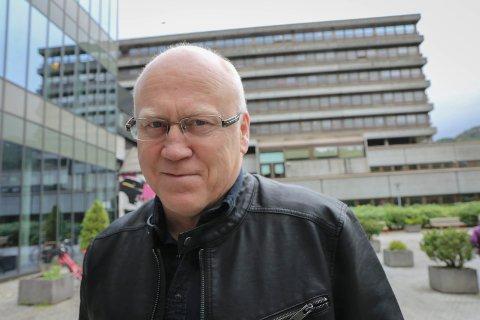 HAR FORSTÅING: Oddgeir Lunde er fylkesleiar i Sogn og Fjordane for sjukepleiarforbundet.