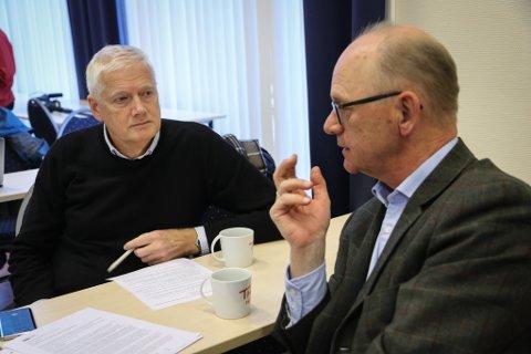 FOR SAMANSLÅING: Ein fusjon mellom SFE og SE kan verke positivt inn på både nettleiga til kundane og utbytet til eigarane, meiner toppsjefane Johannes Rauboti (t.v.) og Fredrik Behrens.