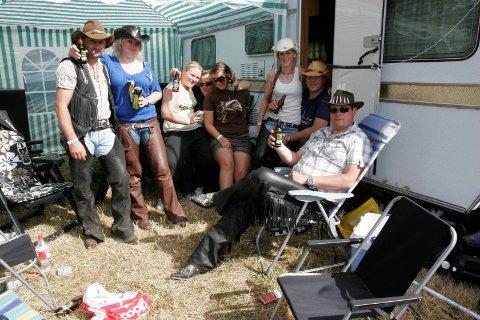 CAMPLIVET: No blir det forbod mot medbrakt alkohol på festivalcampar på musikkfestivalar. Som her, på campen på Norsk Countrytreff.