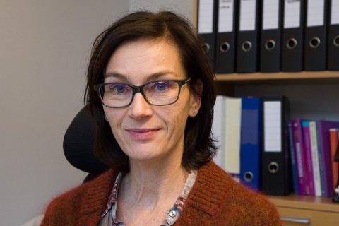Rektor ved Naustdal barne- og ungdomsskule åtvarar mot nettmobbing.