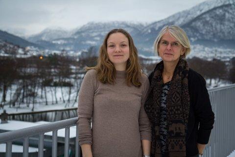 LUKKA NETTVERK: IKT-verktøyet dei utviklar skal vere eit lukka nettverk som kan hjelpe pårørande og demente i den situasjonen dei er i. T.v. Elin Sørbotten, Aud Berit Fossøy.