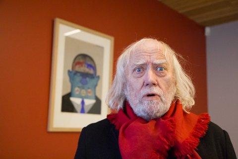 GOD BUTIKK: Sjølv om kunstsalet i Sogn og Fjordane har gått kraftig ned, går butikken til Oddvar Torsheim godt. Han sel òg mykje utanfor fylket.