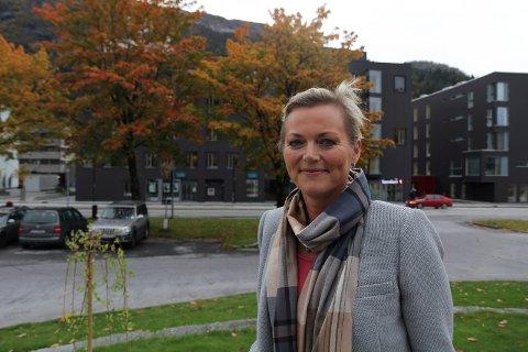 SLUTTAR: Anne-Mette Hjelle har registrert eit eige bedriftsrådgjevingsselskap.