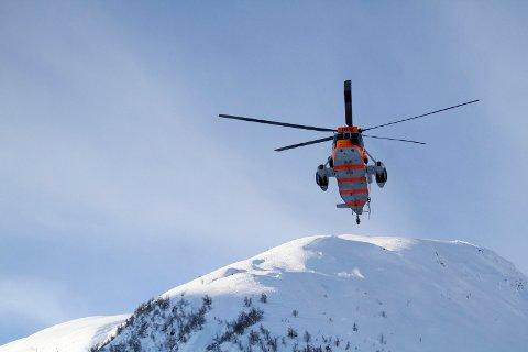 NVE Varslar moderat snøskredfare Påskeaftan. Dette bildet er frå eit snøskred i Sogndalsdalen ved Hodlekve i 2016.