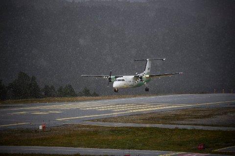 TRØBBEL: Det er store problem i flytrafikken i heile landet onsdag. På Bringeland er det kanselleringar og forseinkingar.