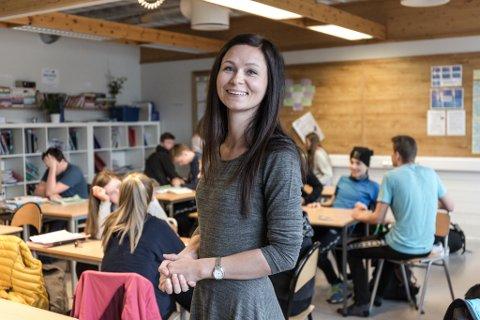 ELSKAR MATTE: Mattelærar og klassekontakt for 10C, Linda Tonning.