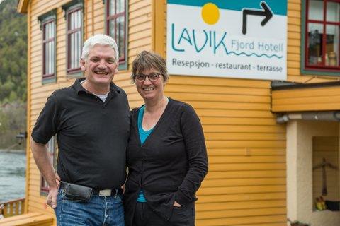 DRIVARANE: Laurens Brock og Trijntje Nienke Cupido eig og driv Lavik Fjord Hotell AS.