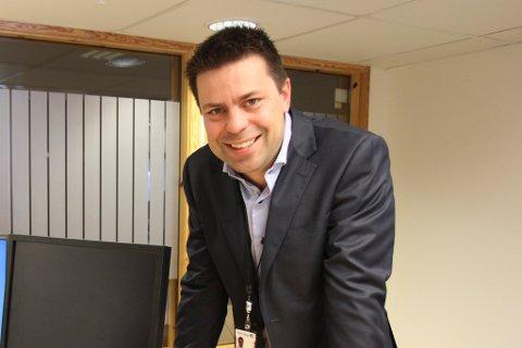 Tor Egil Nedrebø er direktør i Gjensidige Bank, Førde.