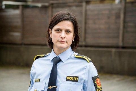 LEIAR ETTERFORSKINGA: Stine Marie Vårdal er politioverbetjent og etterforskingsleiar ved Naustdal og Førde lensmannskontor. (Arkivbilete.)