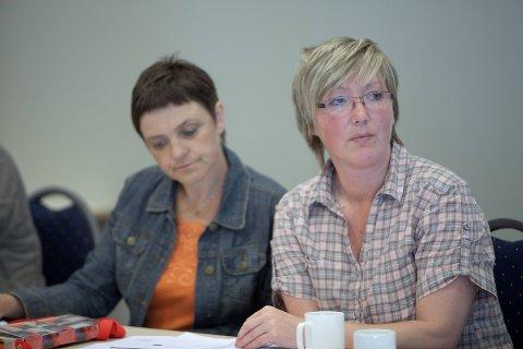 KRITISERER: Trude Brosvik (KrF) og Høgres Frida Melvær (t.h) er lite imponerte over Aps snuoperasjon i regionsaka.