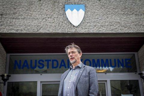 NAUSTDALSORDFØRAREN: Håkon Myrvang (Ap) meiner det er naturleg at den nye kommunen får namnet til den største av kommunane som slår seg saman.