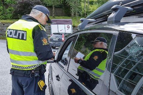 UP: Einar Vereide jobbar i UP Sogn og Fjordane. Bildet er frå ein tidlegare trafikkontroll.