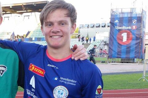 Vincent Sondre Førde sikra Gloppen ein av to bronsemedaljar i junior-NM i friidrett fredag kveld.