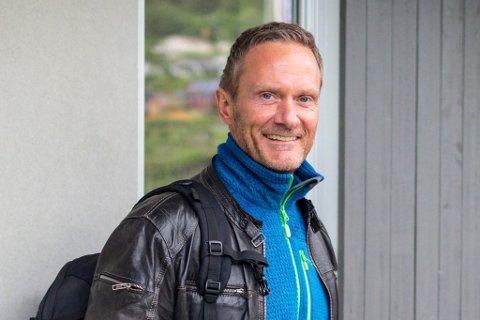 NY JOBB: Arild Sandvoll er tilsett som ny regiondirektør for bedriftsmarknaden i Sogn og Fjordane. Her i rolla som styreleiar i Førde il fotball.