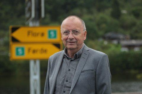 KRIM: Rune Timberlid kjem med ny kriminalroman i starten av oktober. – Hovudplotet har sitt utspring i sjukehusstriden mellom Florø og Førde, seier forfattaren.