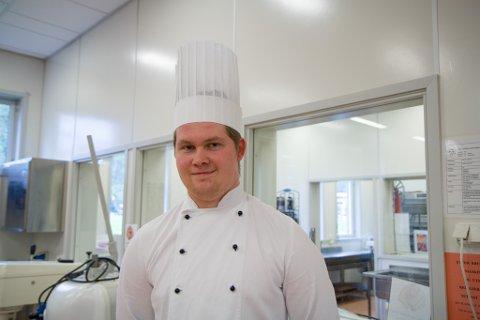Gabriel Larsen Dale (18) Øyrane VGS svarar på valgenkét kokk servitør