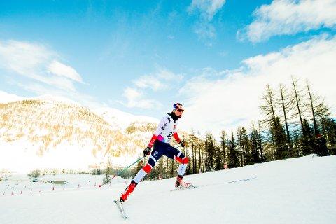 UNDER SPRINTEN: Jon Rolf Skamo Hope (19) frå Hyen kom langt under søndagens sprint, men eit fall sørga for sisteplass i finalen.