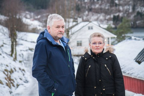 NYTT HÅP: Arnfinn og Agnes Båtevik ville fått heimegarden sin øydelagd av den førre linja for fv 57.
