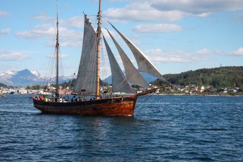 DYR Å DRIVE: Stiftinga bak SS «Svanhild» står overfor kostnader på meir enn éin million kroner. Dei søkte om 600.000 kroner i støtte – og fekk 150.000 kroner.
