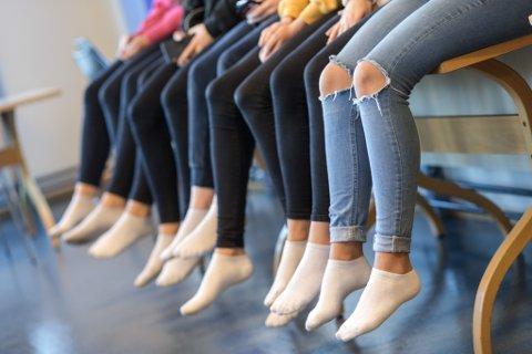 PRESS: Einar Solheim meiner Firda er med på å forsterke gruppepresset ved å omtale visse klede som eit «must».