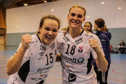 HÅPAR PÅ TO POENG: Førde-laget er klar til heimekamp mot TIF Viking i kveld. Frå venstre: Jeanette Øksenberg og Marit Ova Bøyum.