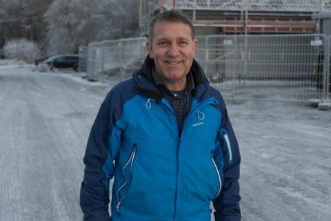 GODT CAMPINGÅR: Dagleg leiar Bjørn Inge Geithus for Førde gjestehus og camping kan smile. Etter ein tøff start på året, landar dei på budsjett når rekneskapen for 2020 skal gjerast opp.