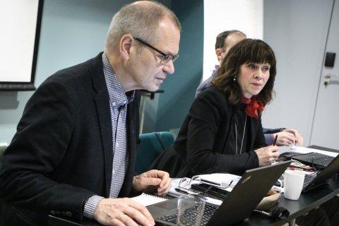 RETTSSAK: Fylkeskommunen kom ikkje til semje med BKK. Her er fylkesrådmann Tore Eriksen og fylkesordførar Jenny Følling.