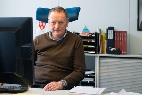 VIL UTVIDE TOMTESELSKAPET: Rådmann Ole John Østenstad foreslår å utvide Førde Tomteselskap til Sunnfjord Tomteselskap.