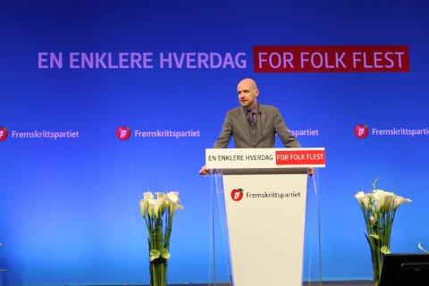 FORSVARAR LISTHAUG: Kvardagen er ikkje så enkel for Frp for tida. Frank Willy Djuvik meiner reaksjonane mot Sylvi Listhaug går for langt. Biletet er frå Frps landsmøte i 2015.