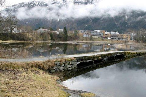 TURVEG: Gangbrua ved Øyrane var ein del av førre kartlegging. No skal fleire turvegar i fylket bli kartlagt.