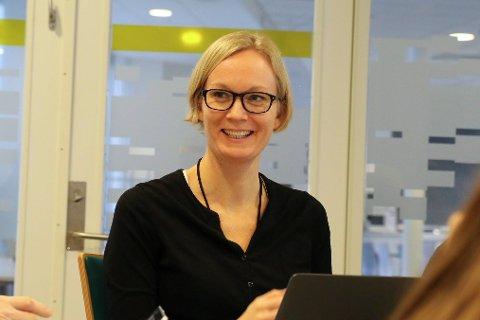 NK: Lise Mari er assisterande rådmann i Førde kommune, og snart rådmann fram til den nye kommunen er etablert. Då går ho igjen over til å bli nestkommanderande.
