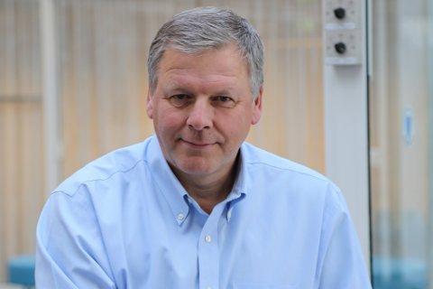 FYLKESDIREKTØR: Jan Heggheims svar på hallsøknaden frå Jølster er eit nei.