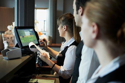 VEKST: Reiselivet er ei næring i vekst, som skapar arbeidsplassar i ei tid der mange andre næringar seier opp folk, skriv Terje Hansen, styreleiar i NHO Reiseliv Vest-Norge, og Kristin Krohn Devold, administrerande direktør i NHO Reiseliv.