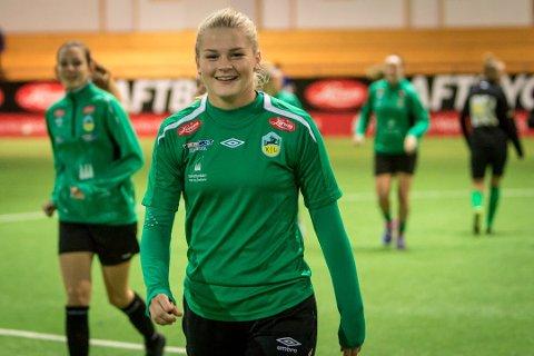 NESTEN: Linn-Mari Nilsen og Norge sitt J19-landslag tapte semifinalen i EM.