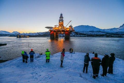 STREIK: Nesten 700 oljearbeidarar kan bli tekne ut i streik frå midnatt.