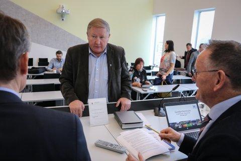 POSITIVT FOR KOMMUNEN: Mathias Råheim, ordførar i Gaular, seier at han i utgangspunktet er positiv til planane.