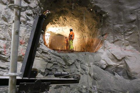 ERSTATNING: Grunneigarane skal ha erstatning for fallrettane sine når Sunnfjord Energi bygger ut Jølstra Kraft. No har Høgsterett sagt sitt, og saka er endeleg avgjort.