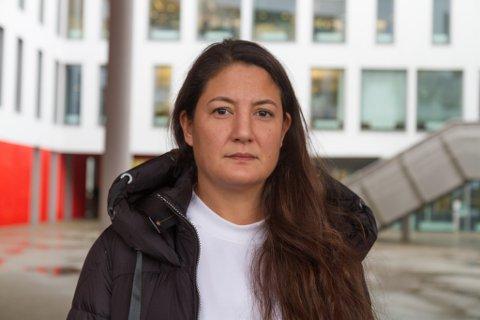OMFATTANDE: Hovudverneombod i Førde kommune, Veronica Jamaris Huus, seier at det høge sjukefråværet er ei bekymring. Ho seier kommunen jobbar med å få ned fråværet, men at det er eit omfattande arbeid.