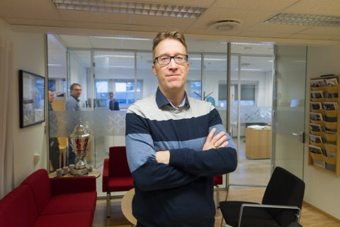 UTVIDAR: Lars-Idar Vegsund, dagleg leiar på Norconsult i Førde, seier firmaet har lyst ut åtte nye stillingar til alle kontora i Sogn og Fjordane.