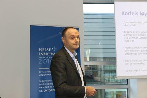 OVERBEVISTE: Prosjektdirektør Kjell Inge Solhaug overbeviste styret om at det var ein god plan å utgreie vidare om det let seg gjere å bygge eit heilt nytt sjukehusbygg i 5-8 etasjar.