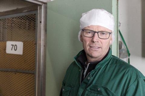 USAMD: Fabrikksjef Eivind Fonn ved Nortura Førde meiner kutt-talet er for høgt.