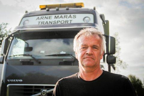 Arne Marås, lastebileigar og -sjåfør.