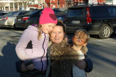 Hege Felulah Ravnestad (36) og familien lærte av ekstremveret Dagmar. No har dei investert i beredskap.