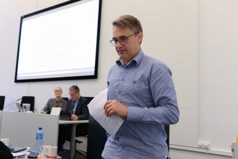 OMDØME: Marius Dalin, og flere med han, har vært med på, ved å signere avtalen, å skade kommunens omdømme, å øke politikerforakten og å styrke den stadig voksende grådighetskulturen, skriv artikkelforfattaren..